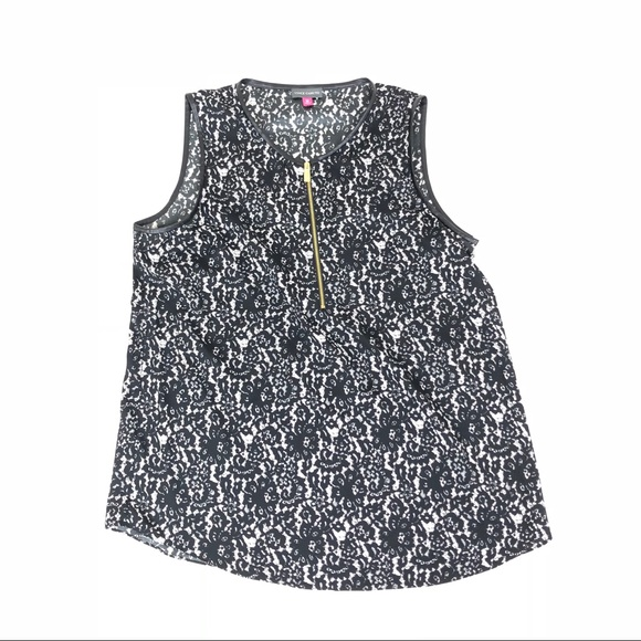 Vince Camuto Tops - Vince Camuto size M Sleeveless Top NWOT